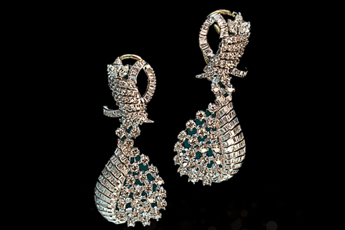 The best ways to show of bling!!